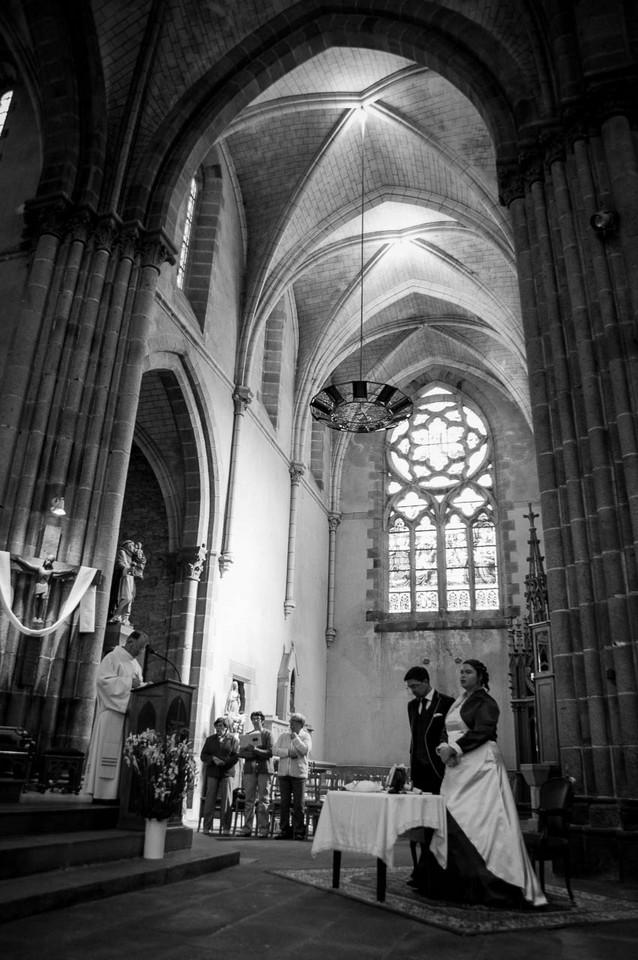 mariage-eglise-noir-blanc