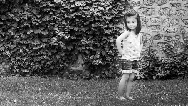 Portrait mannequin 3 ans, noir et blanc