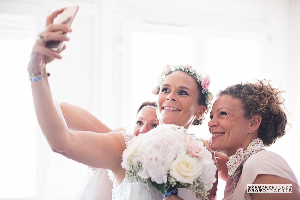 mariage-vincennes-6-selfie-mariee-temouines