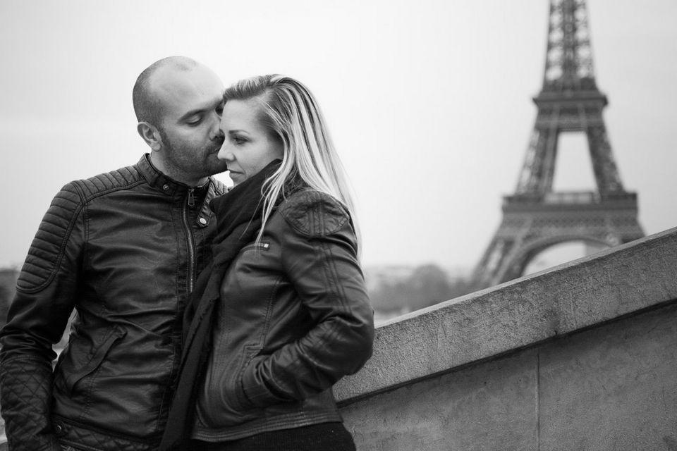 Amureux devant la Tour Eiffel
