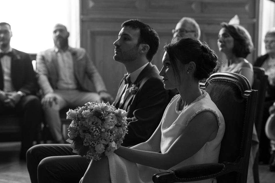 Photo de mariage en noir et blanc - Cérémonie civile