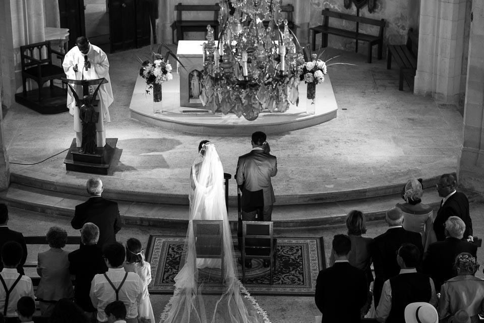 Mariage à l'église de Vanves - Photo en noir et blanc