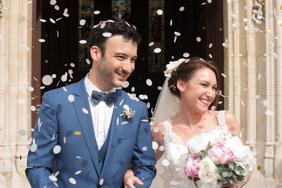 Mariage - Sortie d'église à Vanves - Pétales