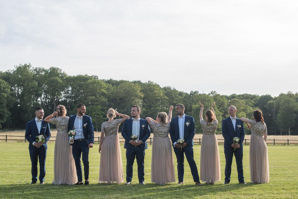 Demoiselles et garçons d'honneur lors d'un mariage au Domaine de la Butte Ronde 78