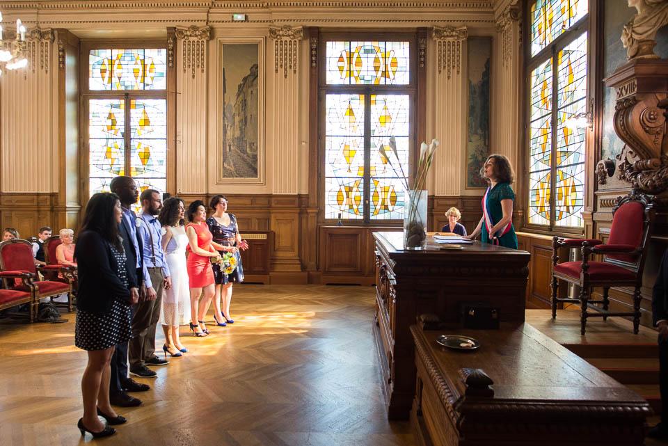Cérémonie civile de mariage dans la mairie du 18ème arrondissement de Paris